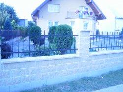 Kovaný plot Hať