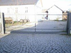Posuvná brána, Ostrava