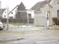 Brána pojezdová, Šilheřovice